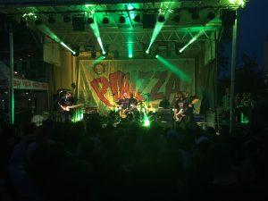 Pouzza Fest - Pup
